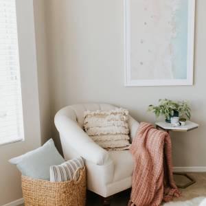 Check out how I designed our bedroom reading nook!   M Loves M @marmar
