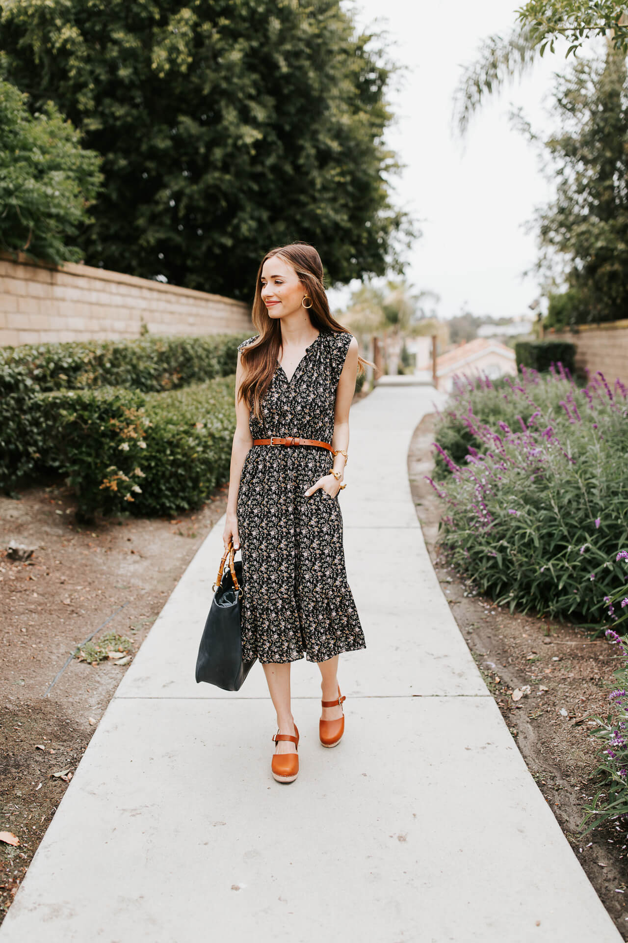 Floral sundresses are so pretty on warm summer days! | M Loves M @marmar