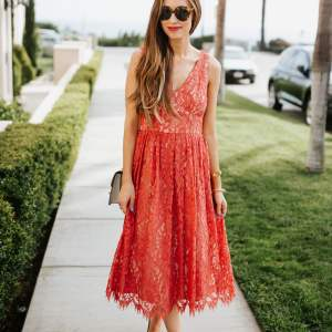 The best romantic lace dresses available. | M Loves M @marmar