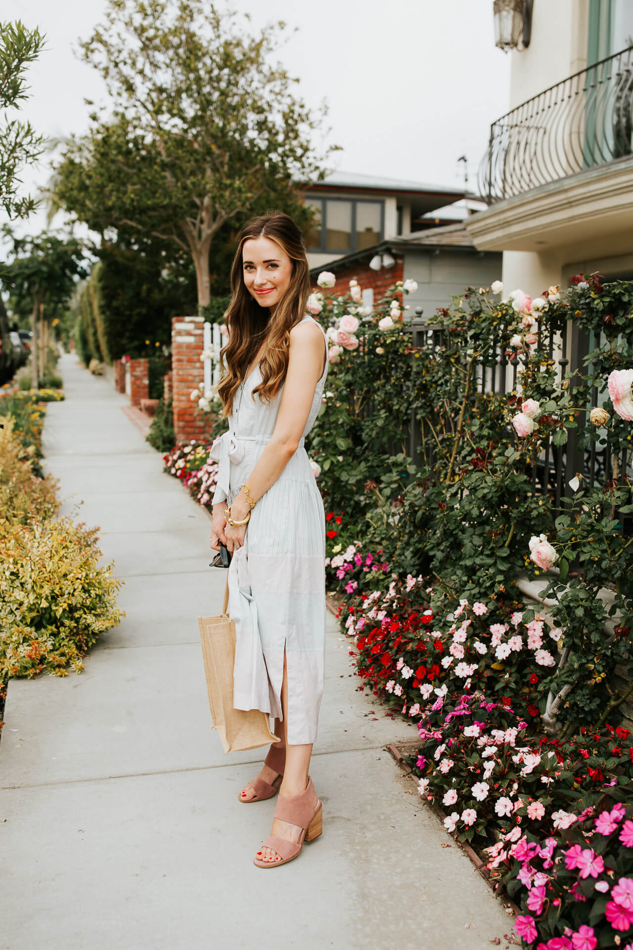 This lightweight cotton dress and pink mules combo is almost too chic!   M Loves M @marmar