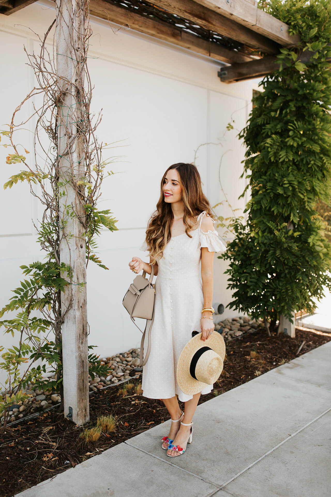 I love a straw hat and sundress for summer! | M Loves M @marmar