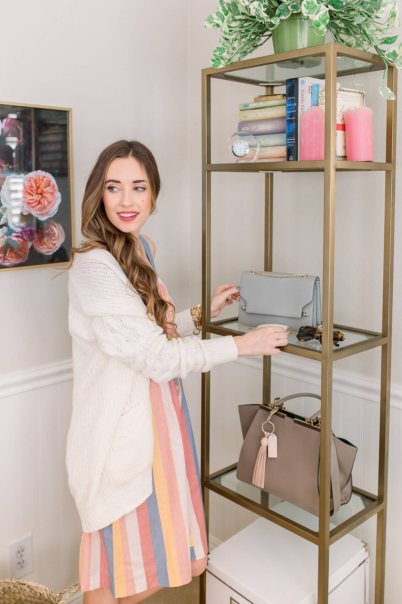 I love my gold office shelves! I'm getting my home office cleaned up for fall! Check out my desk organization tips! | M Loves M @marmar