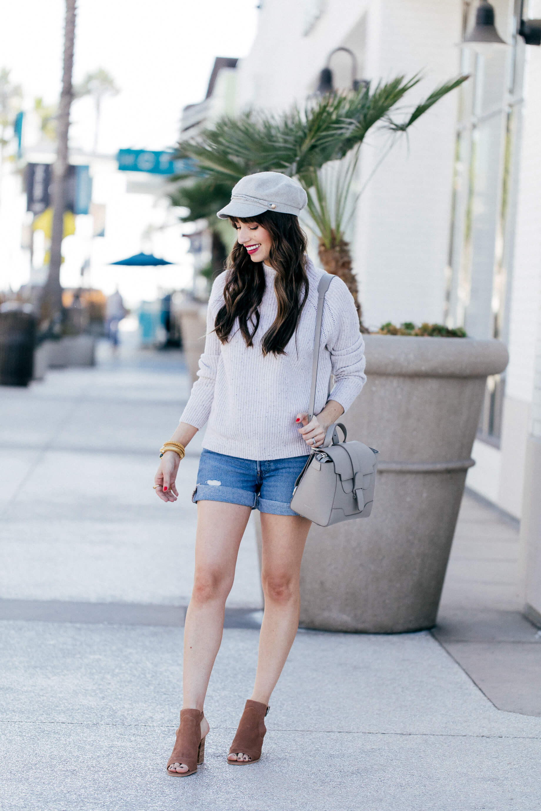 I love this outfit inspired by SoCal in fall! So chic! | M Loves M @marmar