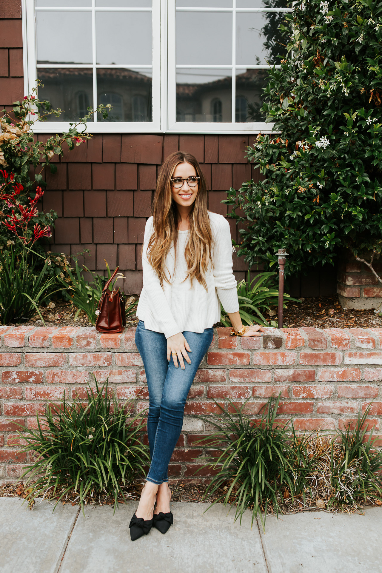 Cream sweater with jeans.   M Loves M @marmar