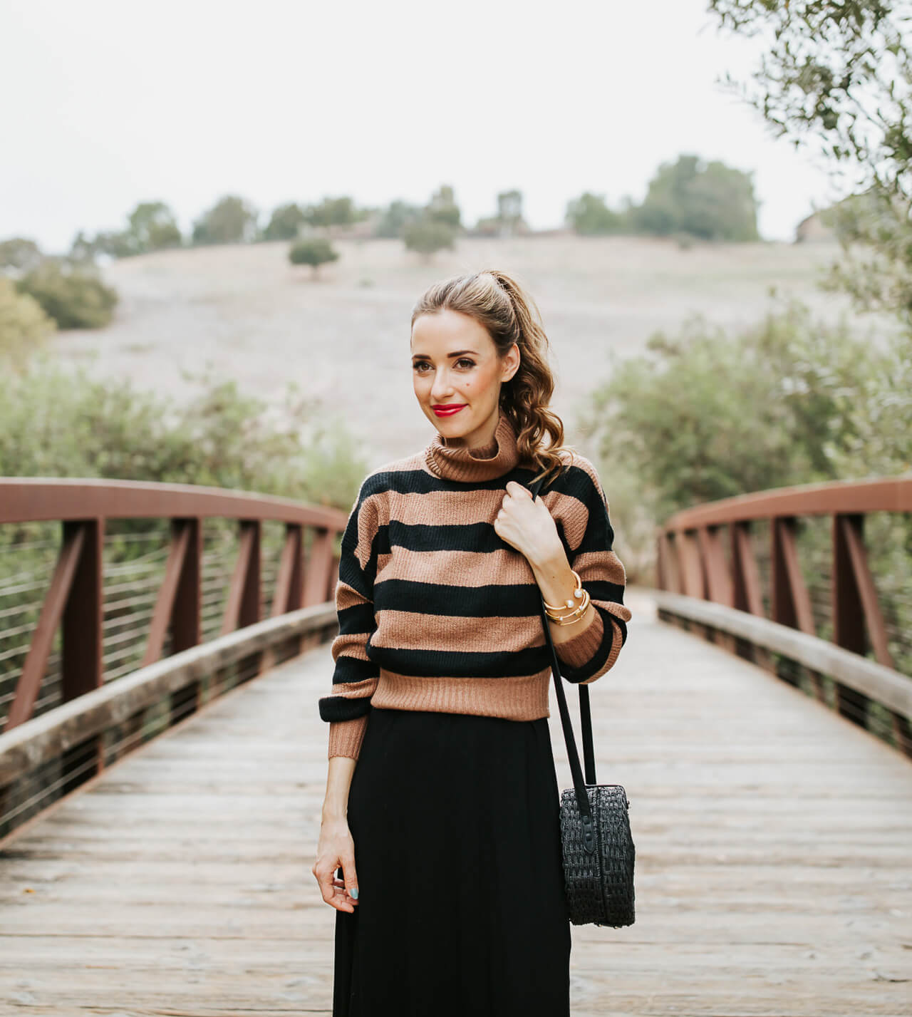 I love pairing a fall sweater with a summer dress!This is how to transition summer maxi dresses for fall! | M Loves M @marmar