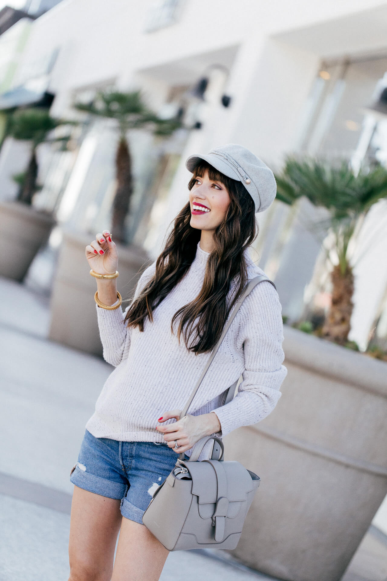 A fun fall outfit for moms! I love this outfit inspired by SoCal in fall! So chic!   M Loves M @marmar