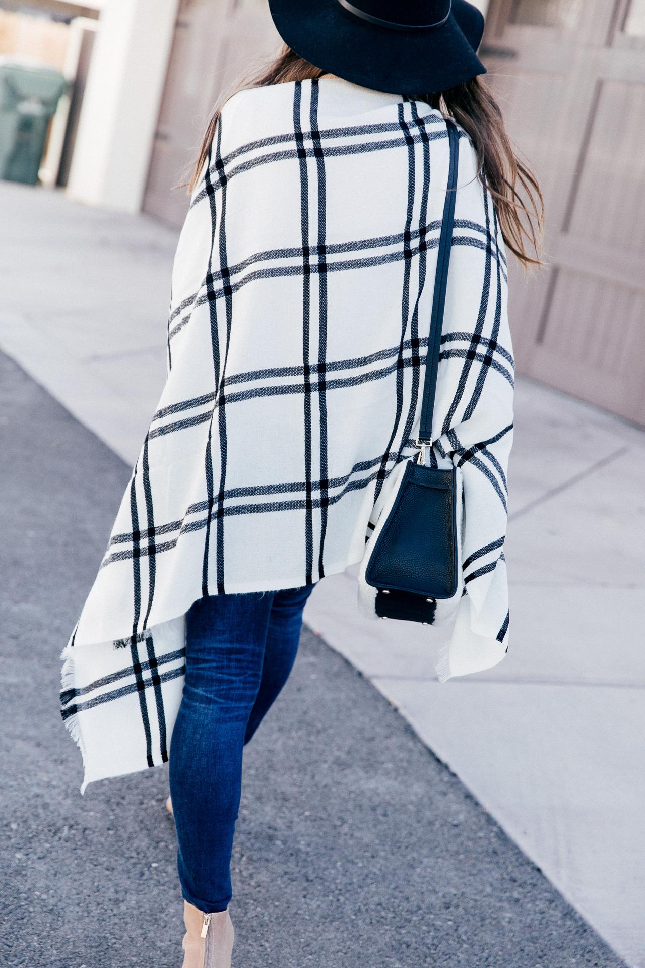 This plaid poncho is perfect for fall. | M Loves M @marmar
