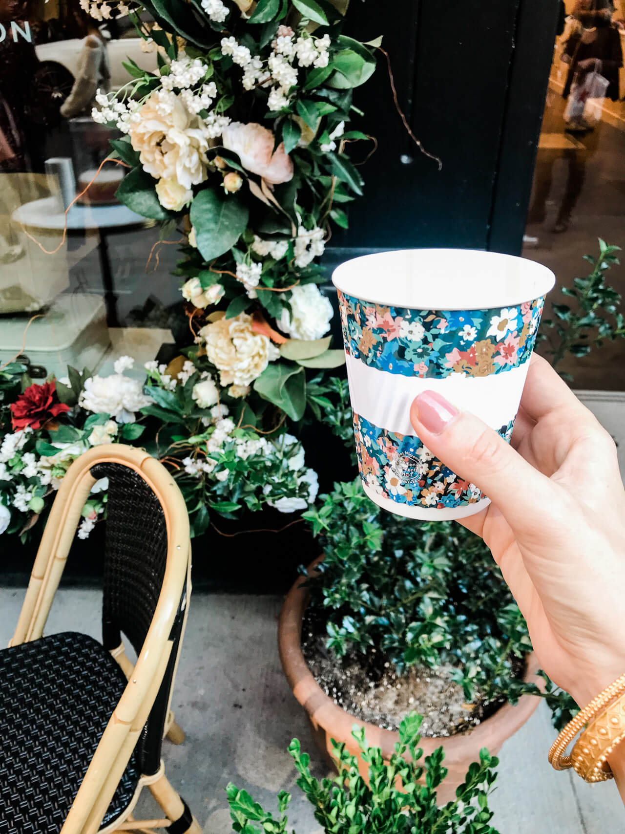 Sezane in NYC has the cutest little cafe! | M Loves M @marmar