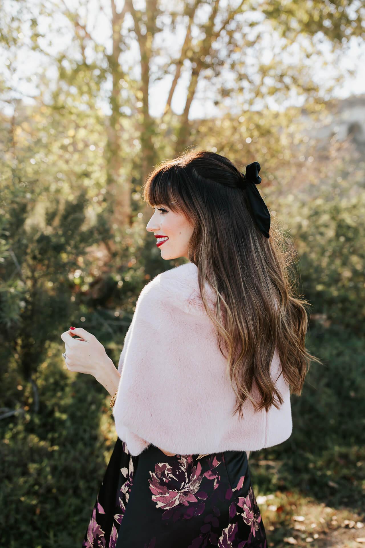I love how this black hair bow looks in wavy hair! - M Loves M @marmar