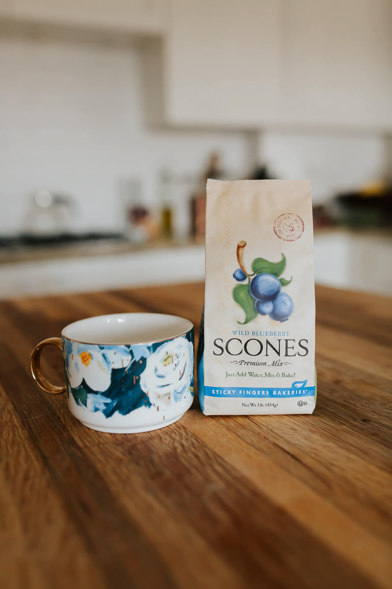 This blueberry scone mix is such a great gift! - M Loves M @marmar