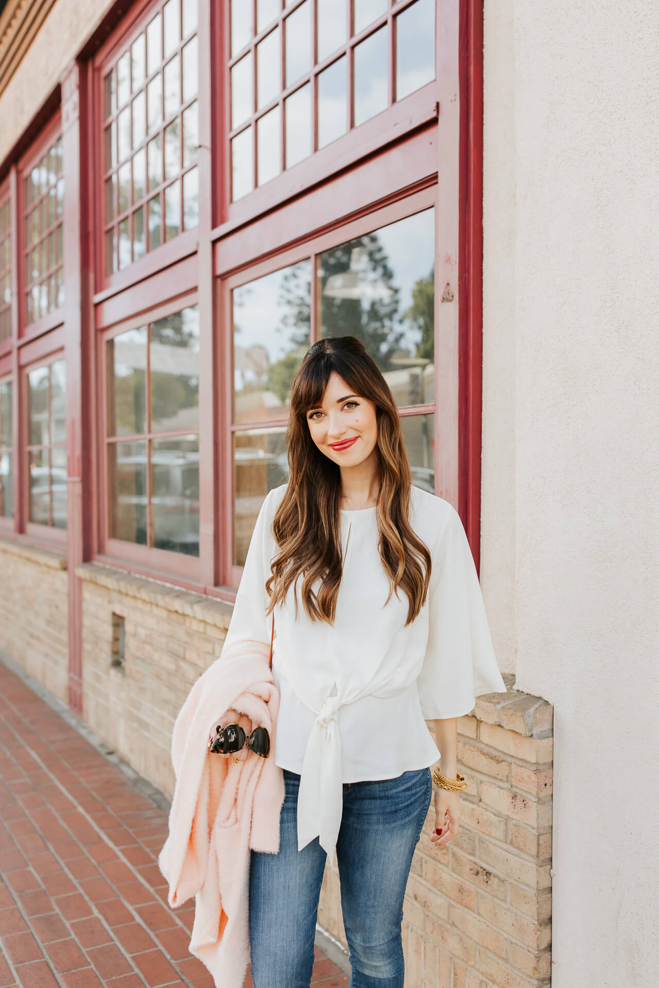 This casual polished maternity blouse is so cute! - M Loves M @marmar