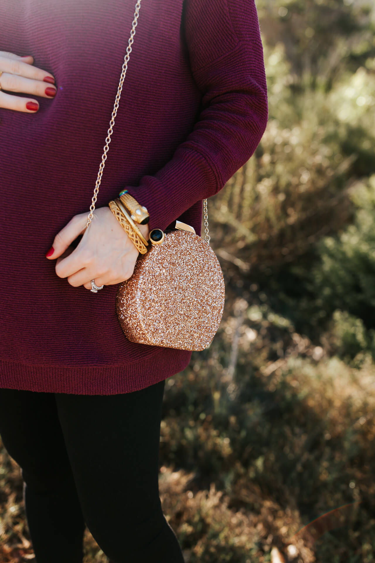 This pink glitter clutch is too cute! - M Loves M @marmar