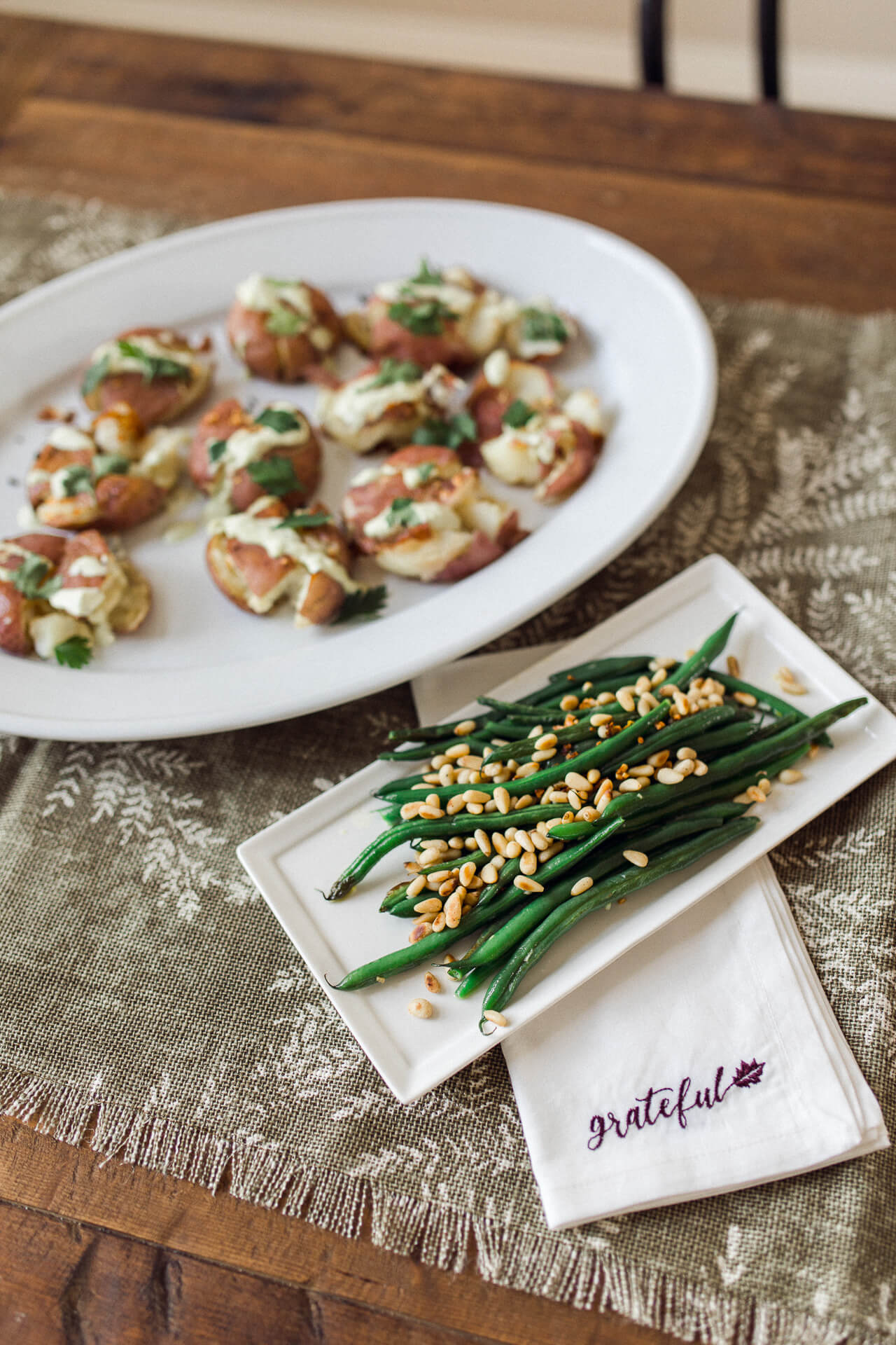 These Thanksgiving sides like green beans and smashed potatoes are so yummy! - M Loves M @marmar