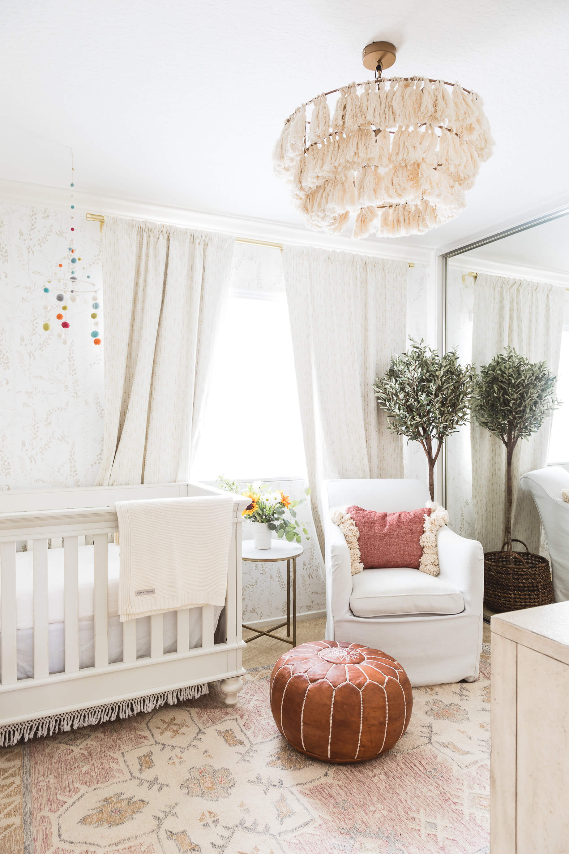 Baby Room Accessories: Our Little Girl's Nursery Decor