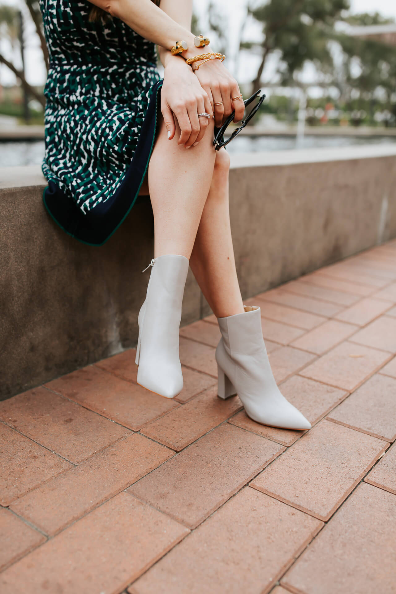 pointy gray booties are such a versatile shoe choice - M Loves M @marmar