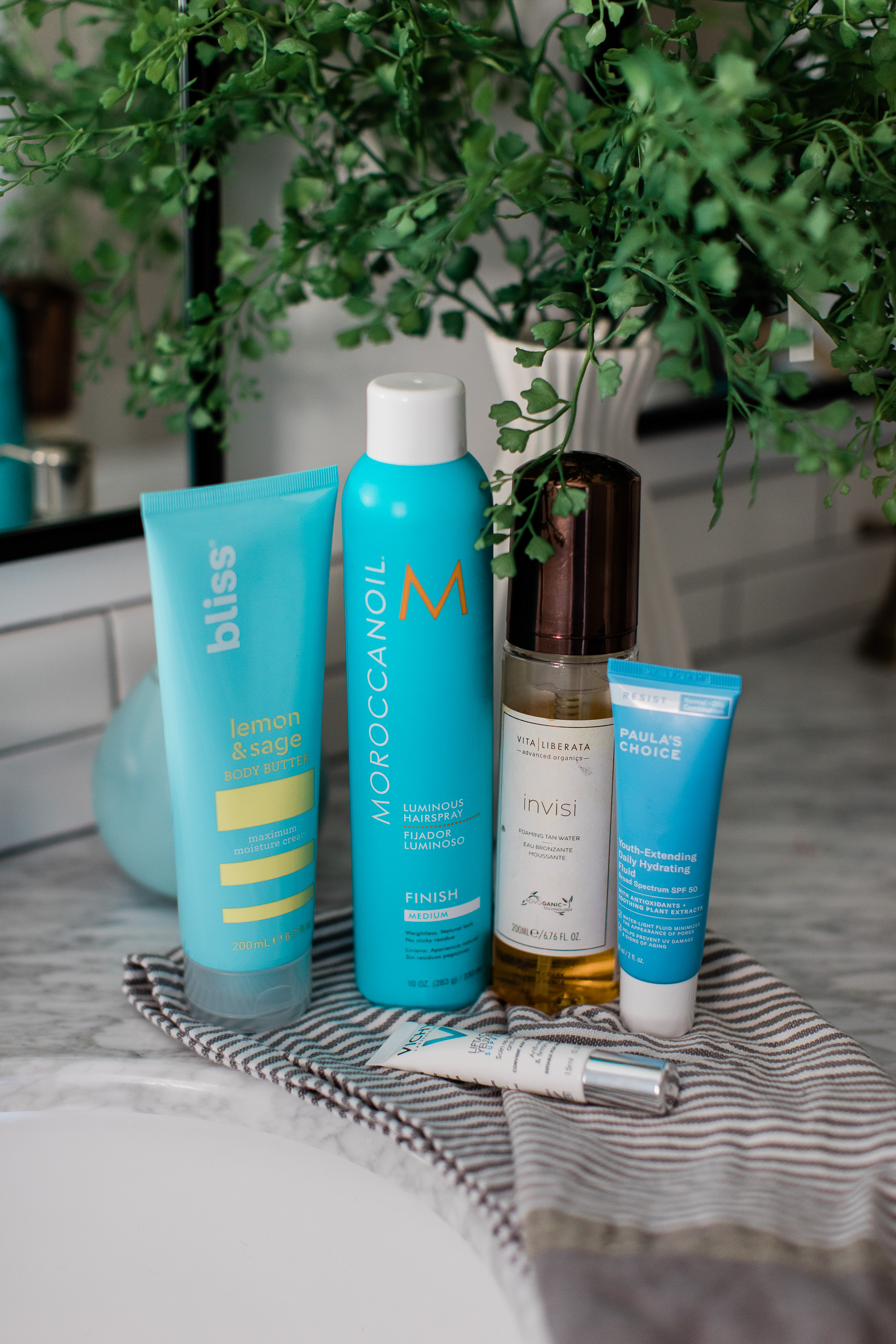 I love these beauty products for a little summer fun! - M Loves M @marmar