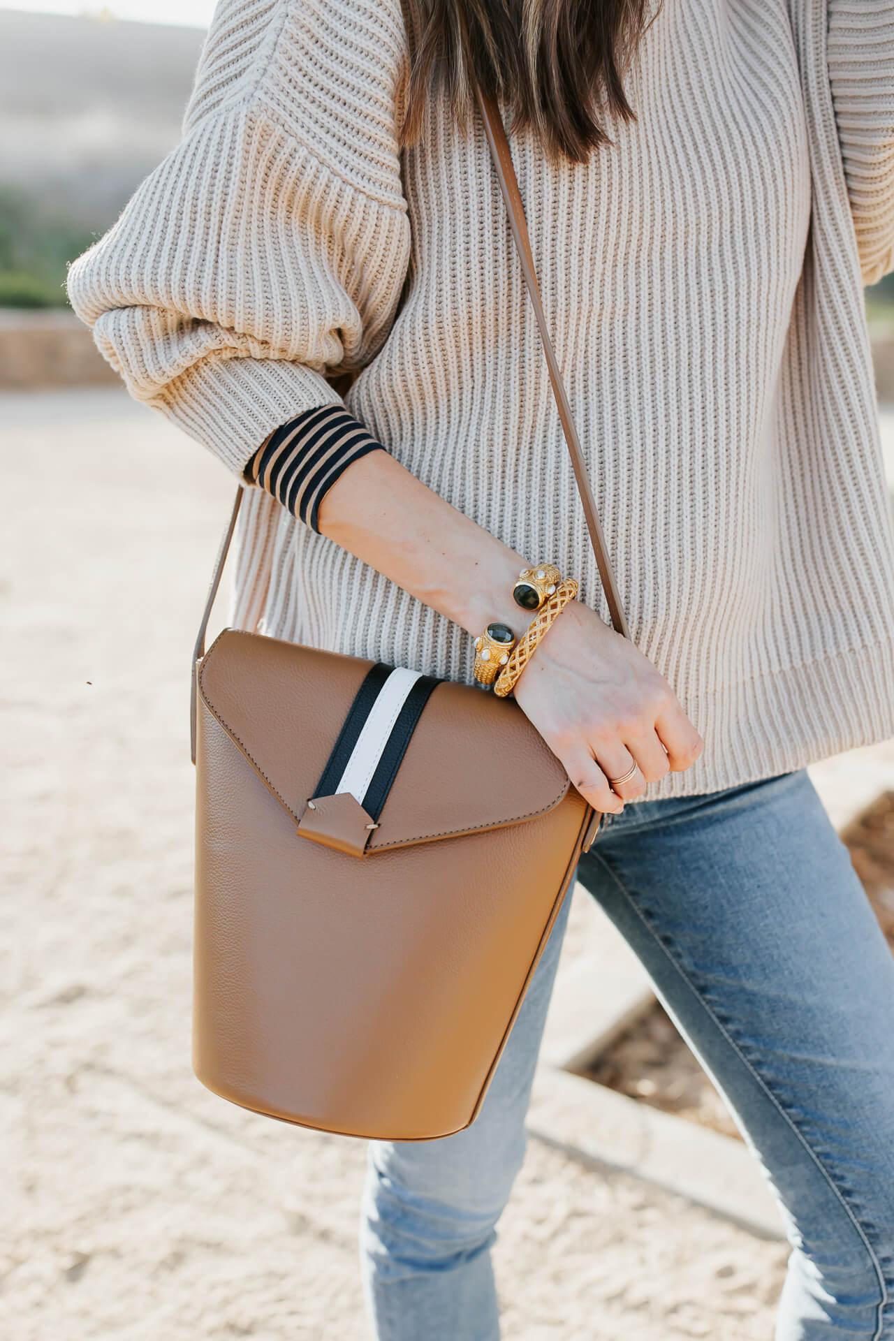 I love this striped handbag! - M Loves M @marmar