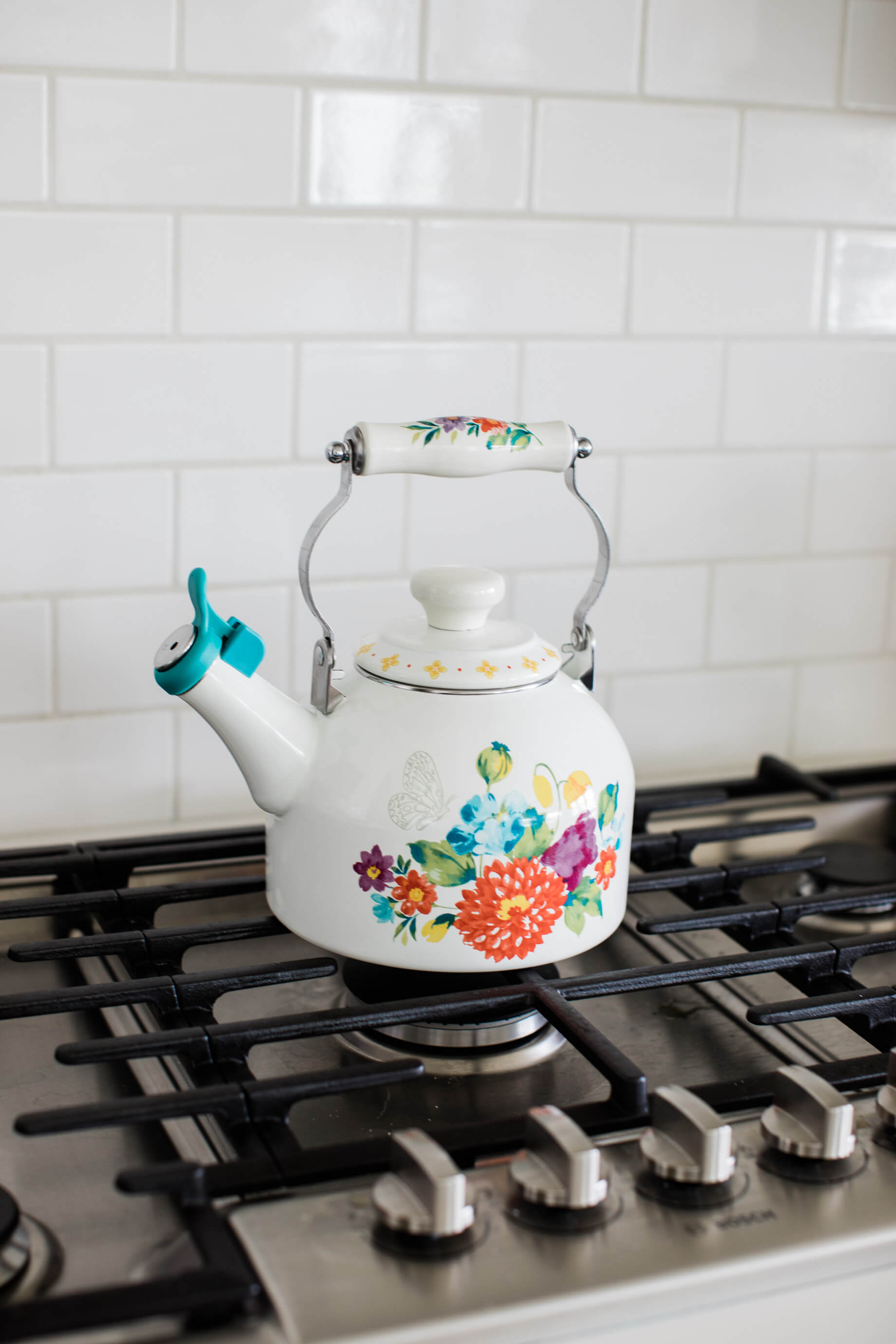 isn't this the cutest tea kettle?! Looks so cute on our stovetop - M Loves M @marmar