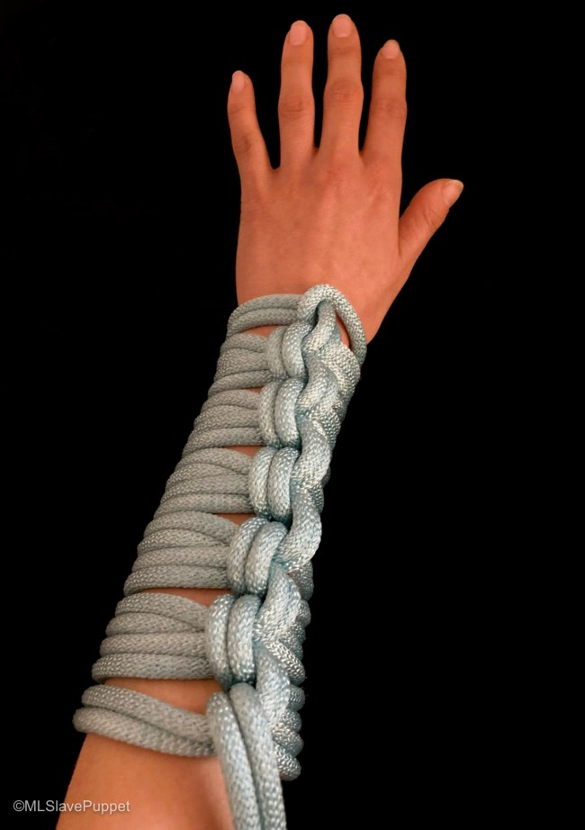 Rope Gauntlet