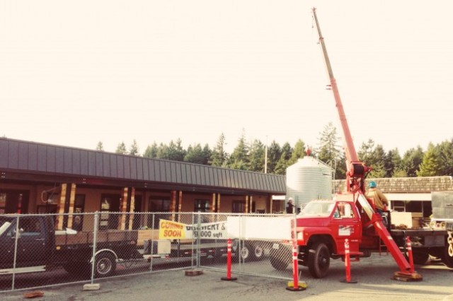 Dustin DeKoekkoek shared this photo of the Diamond Knot grain silo being raised in MLT's Town Center neighborhood Saturday. The brewery/restaurant is scheduled to open in February 2013.