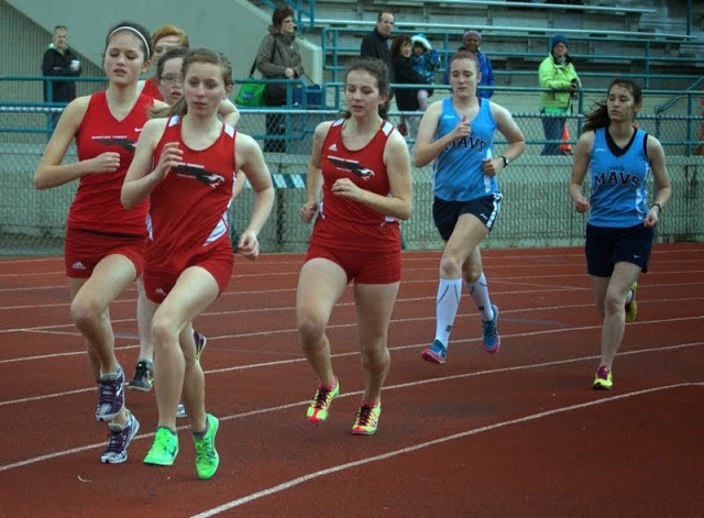 Scenes from Thursday's meet, by David Carlos