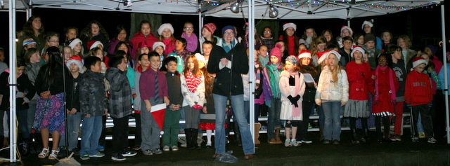 The Terrace Park and Mountlake Terrace Choir performed for the crowd at the Evergreen Playfields.