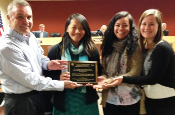From left: Lloyd Skinner with UW Students Vera Hoang, Tabitha Manalu and Cayla Stahley