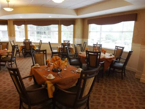 The dining room, which is open to the general public. (Photo courtesy of City of Mountlake Terrace)
