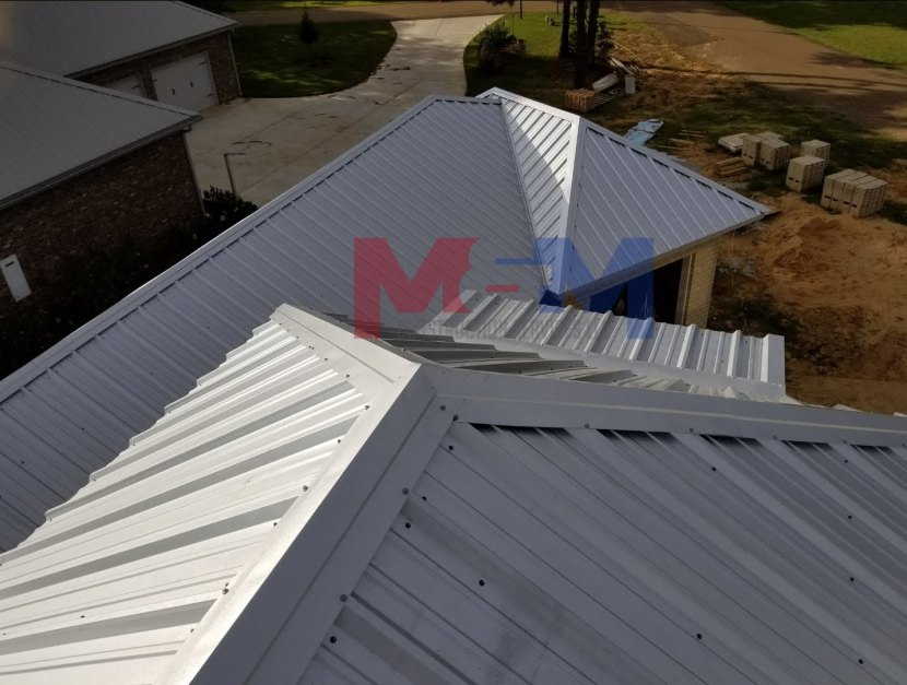 M&M Construction Services LLC licensed contractor specializing in metal building and roofing ms