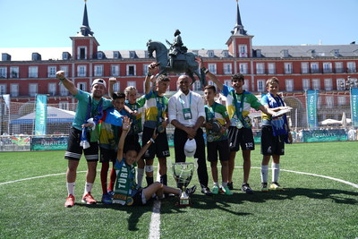 Roberto Carlos awards the winners of the Football for Friendship World Championship during the programme's key events in Madrid.