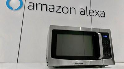 toshiba stellt auf ces 2020 intelligente mikrowelle mit anschlussmoglichkeiten an amazon alexa und google home vor