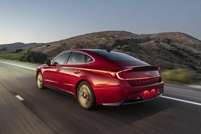 New 2020 Segment-Busting Hyundai Sonata Hybrid Makes North American Debut at Chicago Auto Show