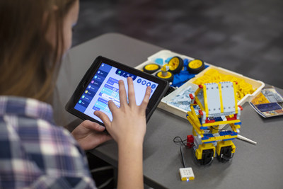 Developed in partnership with the STEM Learning Ecosystems Community of Practice, UBTECH Camp:ASPIRE brings best-in-class virtual instruction with accredited STEM educators and hands-on building with robots to the safety and comfort of home.