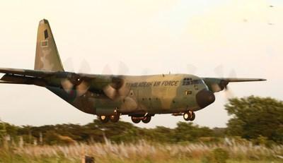 Bangladesh Airforce C130B (CNW Group/Cascade Aerospace Inc.)