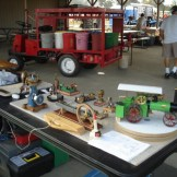 Small steam engine display