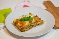 Prosta lasagne w sosie beszamelowym