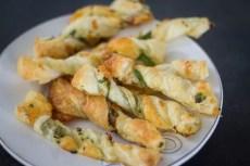 Twisterki z serem i pietruszką