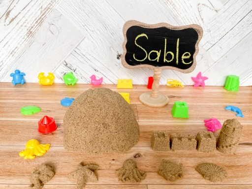 Kinetic sand activity for the first day of grade 1