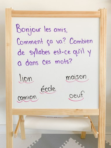French morning message. Students must count the number of French syllables in each word.