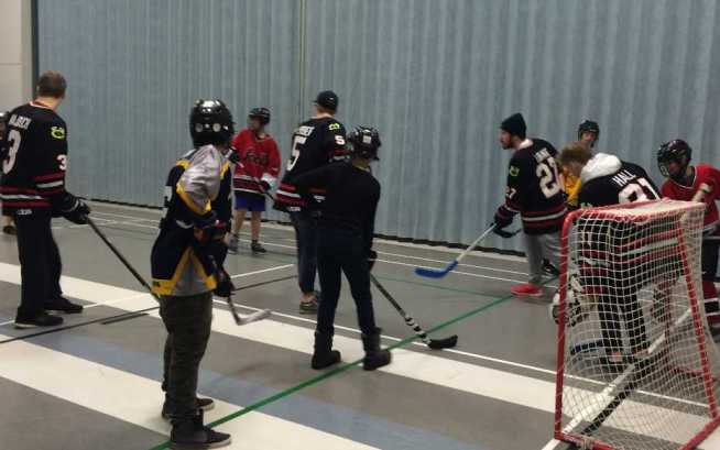 Floor Hockey _002
