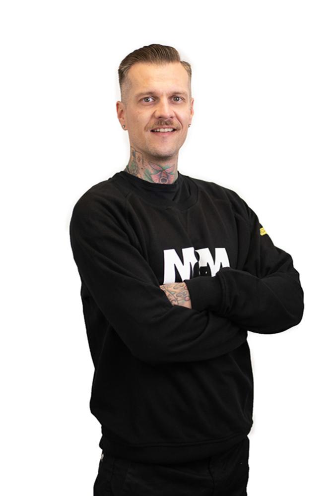 Jesse Lehto - Hieroja