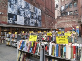 first impromptu stop: this intriguing bookstore that spilled out onto the sidewalks