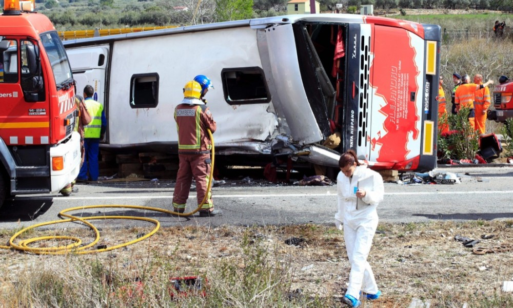 spagna-incidente-autobus-studenti016-1000x600
