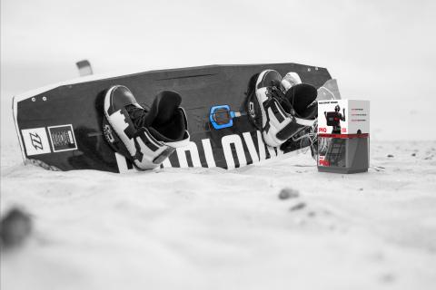 North Kiteboarding and PIQ multisports sensor (Photo: Business Wire)