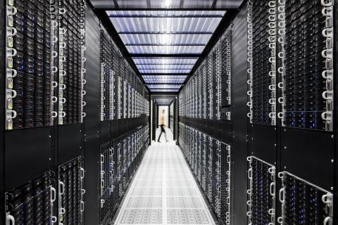Inside an IBM Cloud Data Center (Credit: Connie Zhou for IBM)