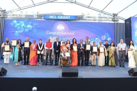 Cricketing legend Kapil Dev felicitates winners of HCL Grant 2020. Key HCL personalities (from left to right) -- Ms. Roshni Nadar Malhotra, Vice Chairperson of HCL Technologies and the Chairperson of its CSR committee; Mr. Shiv Nadar, Founder & Chairman; Kapil Dev; Mr. Prateek Aggarwal, Chief Financial Officer, HCL Technologies and Ms. Nidhi Pundhir, Director HCL Foundation (Photo: Business Wire)