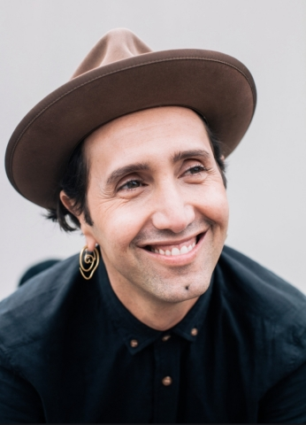 Adir Abergel, Celebrity Hair Stylist (Photo: Glamhive)