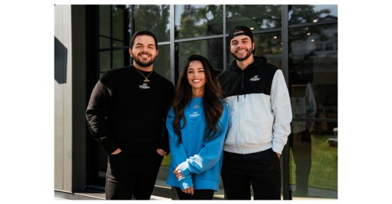 "100 Thieves raises Rachell ""Valkyrae"" Hofstetter and Jack ""CouRage"" Dunlop into ownership group"
