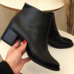 Bota Feminina Preta Básica sem Detalhes com o Salto Bloco Baico Coleção de calçados inverno Loja online MM Store Shoes (3)