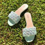Sandália Rasteira Feminina Verde Menta com Detalhes trançados coloridoCalçados Femininos Coleção Verão Moda e Tendencia Loja Online MM Store Shoes (6)